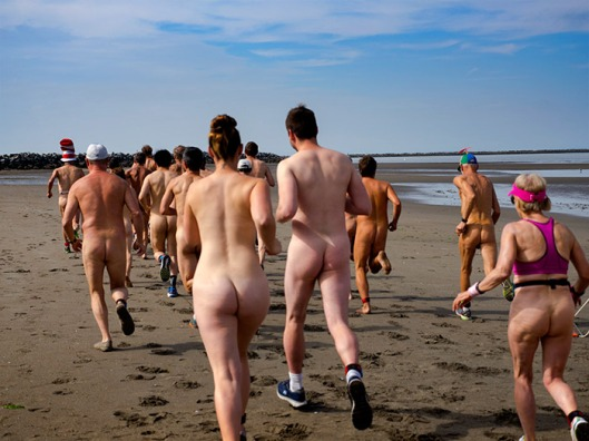 Wreck-beach-Bare-Buns-Run-2016-2