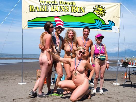Wreck-Beach-Bare-Buns-Run-2016-7